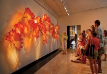 Chihuly-Persian-Sunset-Wall