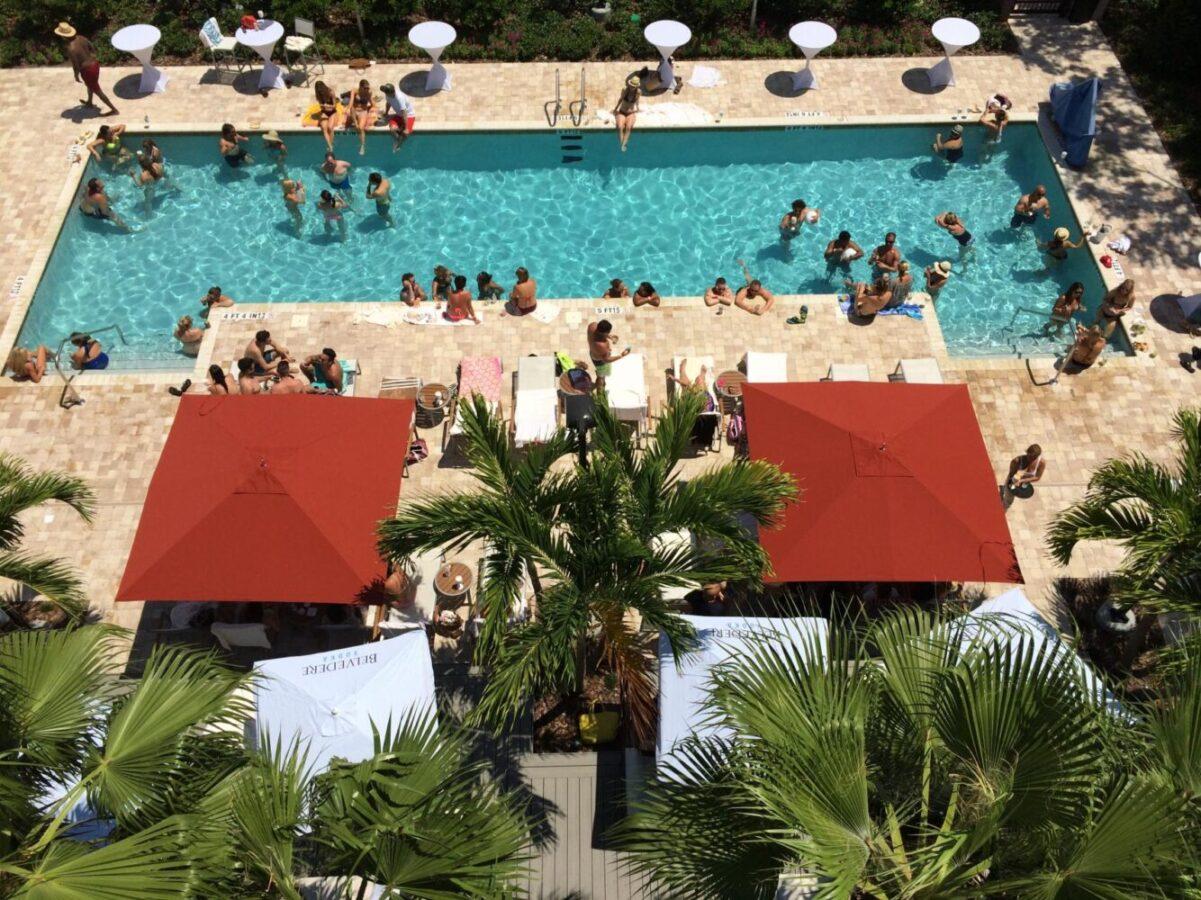 Splash sundays at the epicurean hotel tampa bay metro for Splash pool show quebec