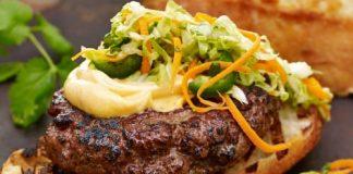 Tampa Bay Metro: Vietnamese Banh Mi Burger