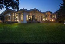 Iconic Bayshore Midcentury modern home in Tampa Bay Metro magazine
