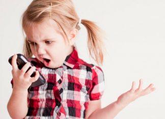 children on cell phones
