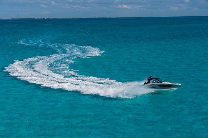 Sea Ray Sundancer 370